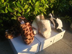 furry slippers for Sale in Los Angeles, CA