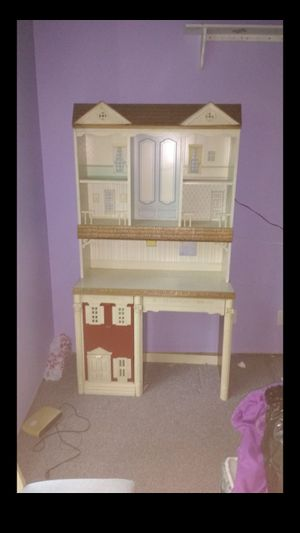 Antique desk styled like a doll house for Sale in Woodruff, SC
