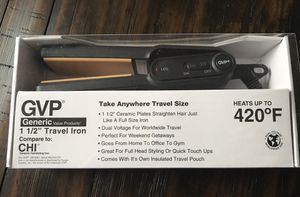 Brand New Black 1 1/2 Ceramic Plates Travel Iron, straighten hair just like a full size iron, heats up to 420' F, coves with a travel pouch, Compared for Sale in Arnold, MO