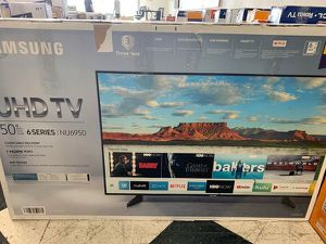 "Brand New Samsung 50"" UHD TV! Open box w/ warranty EIV 4 for Sale in Los Angeles, CA"