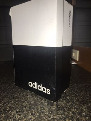 Adidas CloudFoam Pure kidS : 4 for Sale in Los Angeles, CA