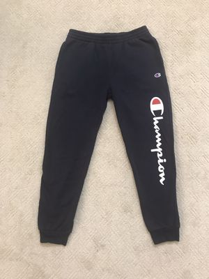 CHAMPION SCRIPT FLEECE JOGGERS NAVY BOYS 8-20 for Sale in Fairfax, VA