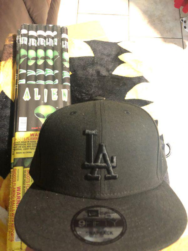Hat & blanket $10 each HMU
