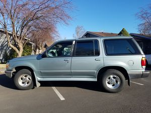 1996 Ford explorer xlt for Sale in Metolius, OR