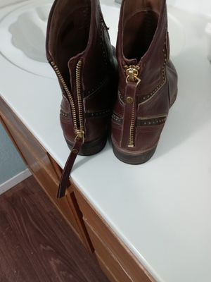 Botines for Sale in Del Valle, TX