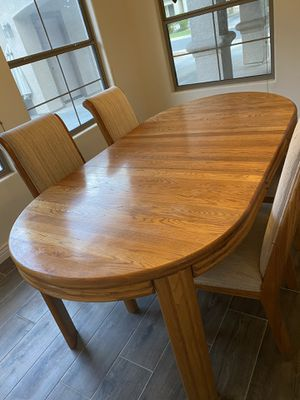 Solid oak dining table and chairs for Sale in Chandler, AZ