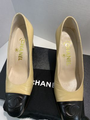 CHANEL HEELS for Sale in Pinecrest, FL