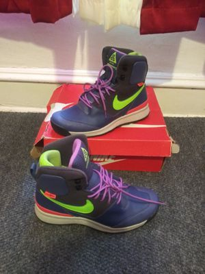 Nike's ACG ( Men's size 9) used excellent condition $50🚨 for Sale in Philadelphia, PA