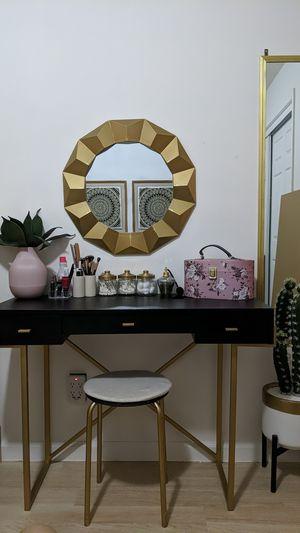 Makeup vanity black and gold for Sale in Lemon Grove, CA