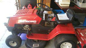 MTD Riding Lawn Mower for Sale in Orlando, FL