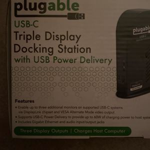 Triple Display Docking Station for Sale in Las Vegas, NV