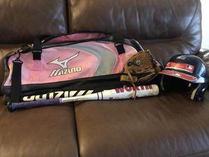 Girls bat bag, softball bat, and unisex glove and helmet for Sale in Cumming, GA