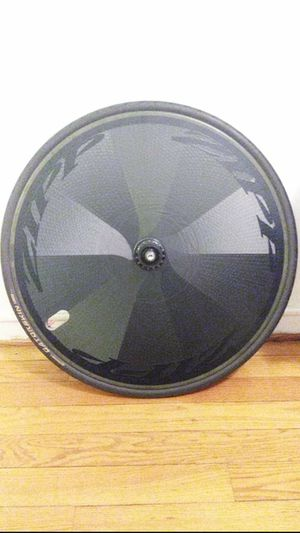 Zipp super 9 disc full carbon clincher for Sale in Washington, DC
