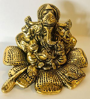 Ganesh Statue Sitting on Lotus Pedestal - Lord of Success in Premium Cold Cast Bronze - 3-Inch Collectible Hindu God Ganesha Figurine for Sale in Fall River, MA