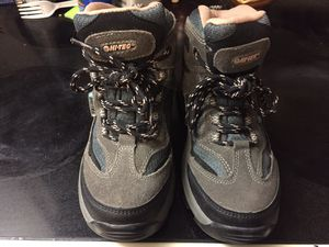Girls hiking boots size1 for Sale in Lakeland, FL