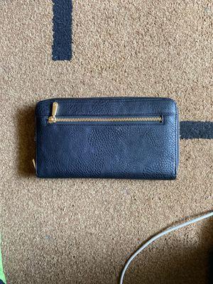 Black oversized wallet for Sale in Stockton, CA