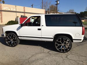 Chevy Tahoe for Sale in Riverside, CA