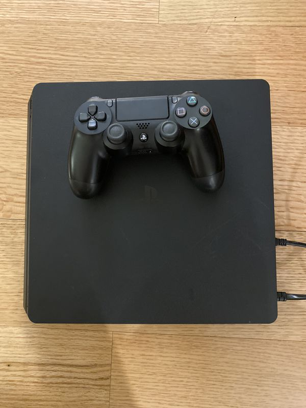 Play station 4 PS4 1TB Console