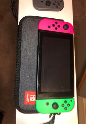 Nintendo switch (with 6games and extra set of remotes and travel case) for Sale in Naperville, IL