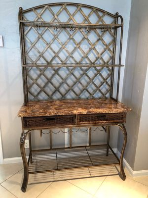 Metal bar with granite top and three stools for Sale in Miami, FL