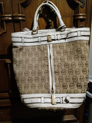 Authentic MK tote bag for Sale in Cleveland, OH