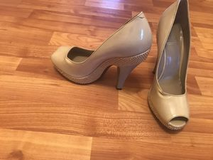 Burberry Size 8.5 New for Sale in Montclair, VA
