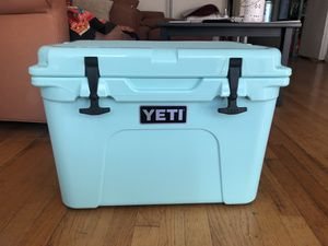 Never been used Yeti Cooler for Sale in San Francisco, CA