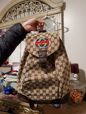 Gucci backpack for Sale in Chicago, IL