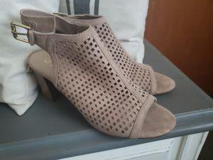 Heels size 7.5 for Sale in Salt Lake City, UT