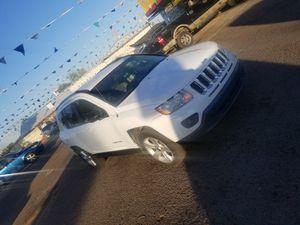 Jeep compass 2012 4 cil $6800 dls for Sale in Phoenix, AZ