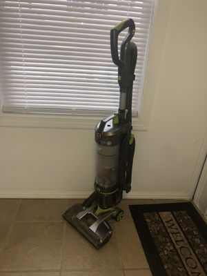 Vacuum Cleaner Hoover for Sale in Providence, RI