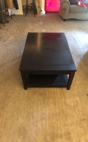 Coffee table and side table set for Sale in Los Angeles, CA