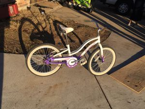 "Raleigh 20"" cruiser girls bike for Sale in Fort Worth, TX"