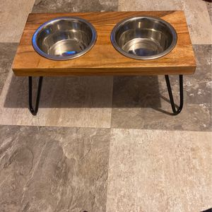 EveryYay Better Together Elevated Wood Double Diner with Stainless-Steel Bowls for Dogs, 4.6 Cups for Sale in Los Angeles, CA