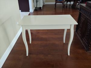 Desk with drawer for Sale in Los Angeles, CA