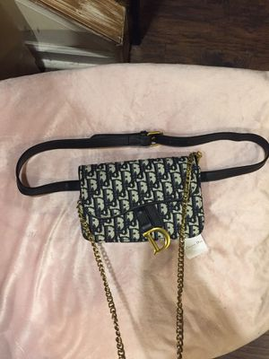 Dior crossbody and Fannypack comes with dust bag and cross body chain and waist belt for Sale in Philadelphia, PA