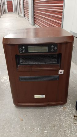 Living Pure 4 in 1 heater / humidifier / hepa filter / uv filter for Sale in Monroe,  WA