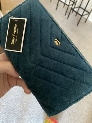 Juicy Couture Wallet for Sale in Tampa, FL