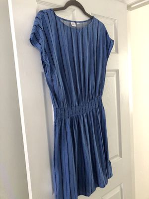 Old Navy Blue Striped Dress Sz S for Sale in Durham, NC