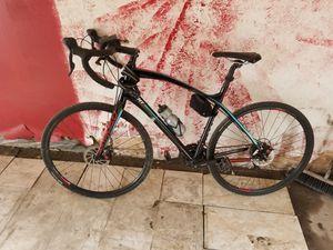 gaint road bike for Sale in Taylor, MI