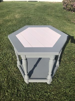 Hexagonal side/coffe table for Sale in Pittsburgh, PA
