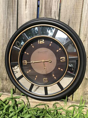 Wall clock for Sale in Annandale, VA
