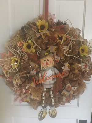 Scarecrow wreath for Sale in Belleville, IL