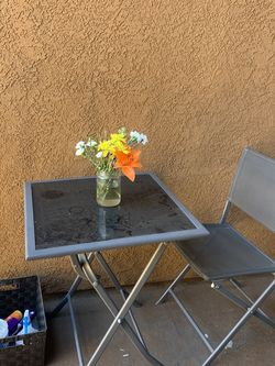 Patio / Balcony 2 Man Table for Sale in Los Angeles,  CA
