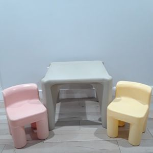 Step 2 Kids Table And Chairs for Sale in Phoenix, AZ