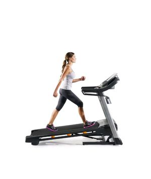Treadmill NordicTrack c990(new in the box) for Sale in Tampa, FL