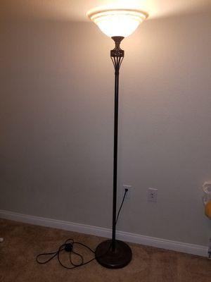 Floor lamp for Sale in Turlock, CA