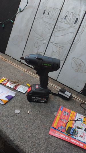1/2impact drill with charger n battery for Sale in Fresno, CA