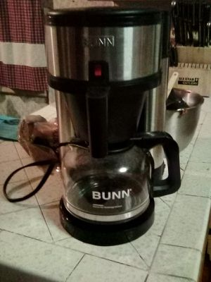 Bunn 10 cup coffee maker for Sale in Linden, CA
