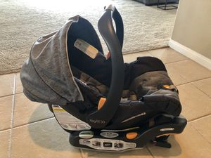 Chicco KeyFit® 30 Infant Car Seat - Used for Sale in Fontana, CA